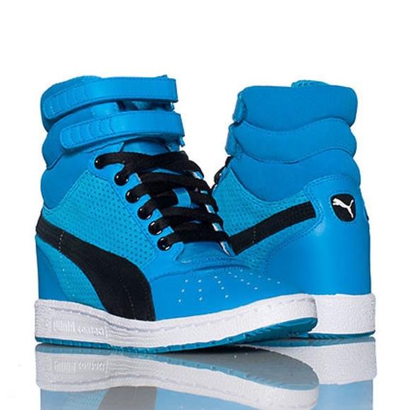 6624cedd262 Puma Hawaiian Ocean Blue Sky Wedge Sneaker. M 5a53faf59d20f092a502494f